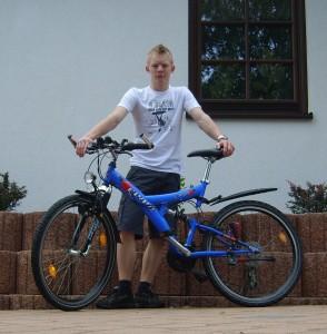 Tom mit seinem Bike