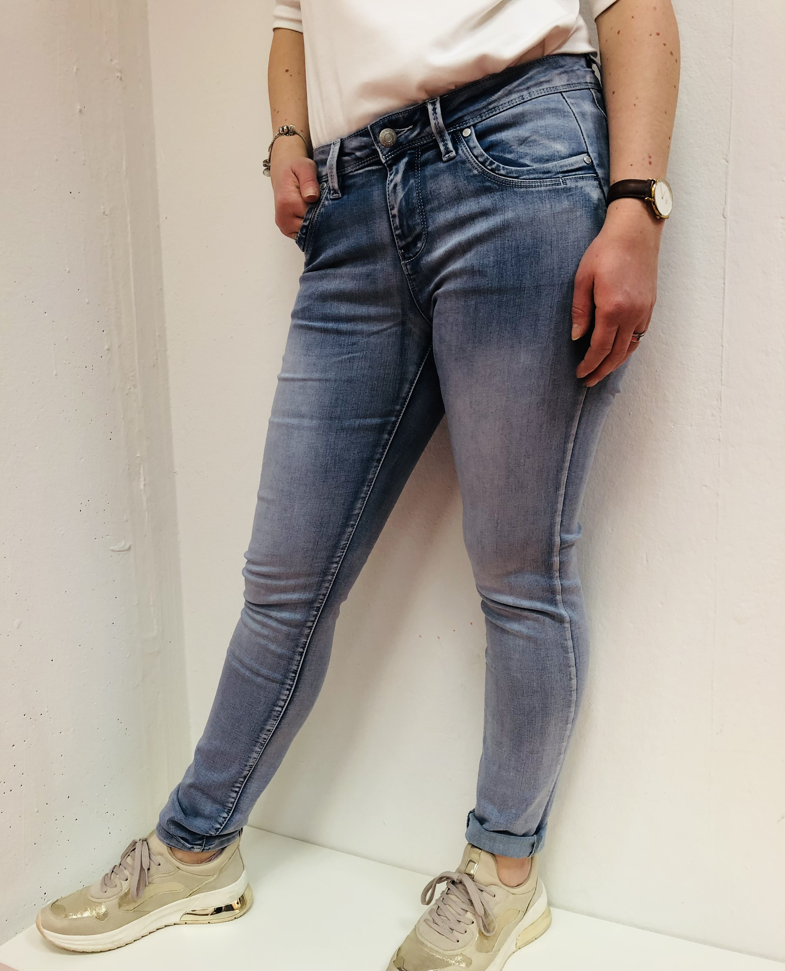 Red Button Jeans Jimmy Bleach repreve