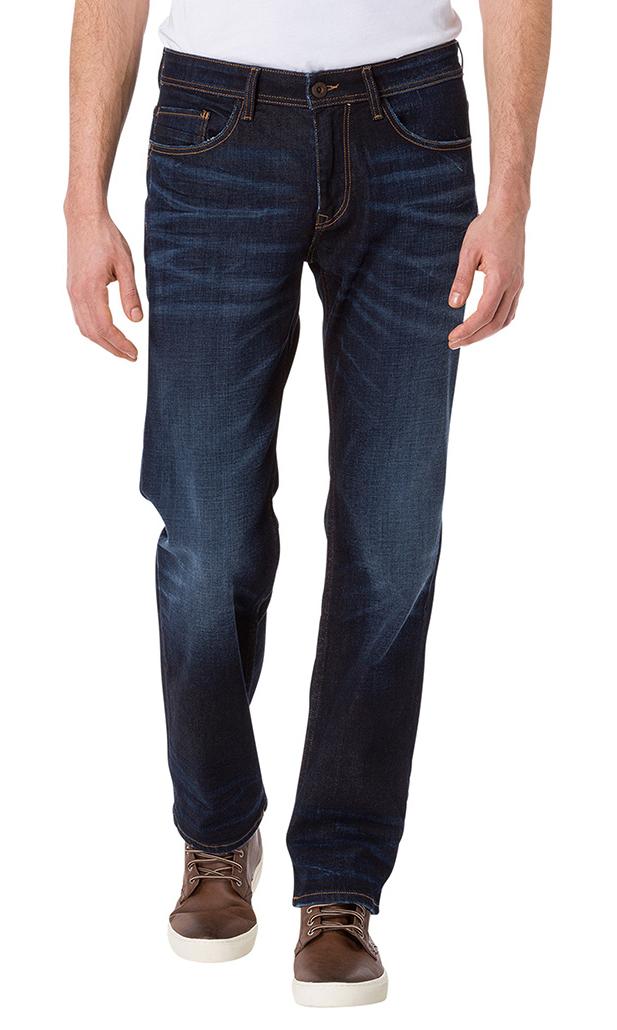 Artikel klicken und genauer betrachten! - Mit komfortablem 'Relax-Fit', einer mittleren Bundhöhe und die unvergleichliche und robuste Denim-Qualität, machen diese Jeans zu einem unverzichtbaren Basic.Mit seiner modernen Farbgebung, ist sie mühelos zu Shirt oder Sakko tragbar.Details:+ E161-089+ Farbe: deep blue+ 5-Pocket-Style+ Beinverlauf Straight+ Schnittform: Regular+ mittlere Bundhöhe+ Lederpatch am Bund + Stitching und Gel-Logo auf Gesäßtasche+ Verschluss: ReißverschlussMa | im Online Shop kaufen